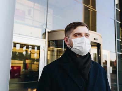 """Ilaria Capua: """"Dobbiamo capire quali sono i driver che hanno aiutato il virus a fare disastri"""""""