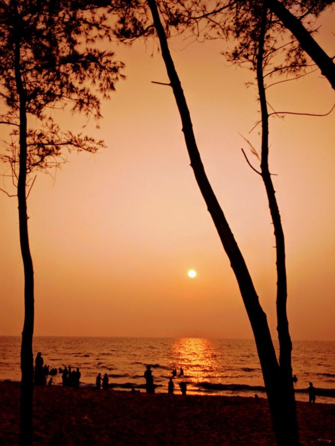 Sunrise in Cochin
