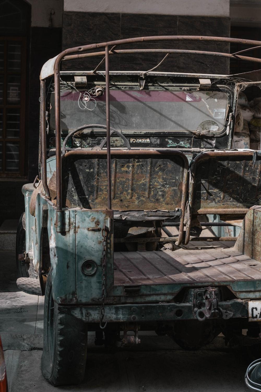 blue and brown vintage car