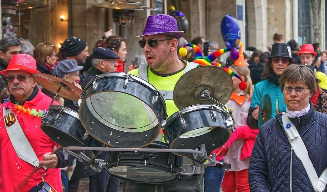 Batteur ambulant au carnaval de Lagny-sur-Marne