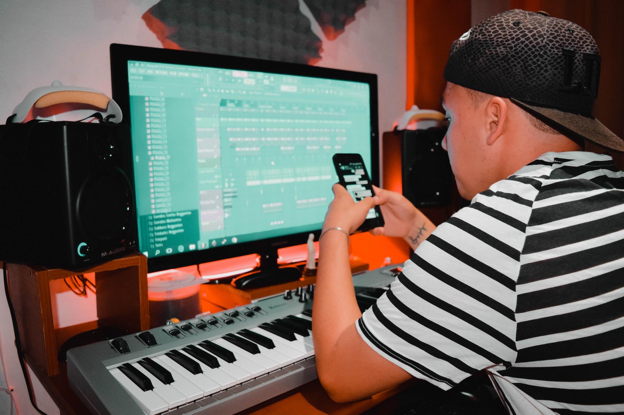 Zooming DJs