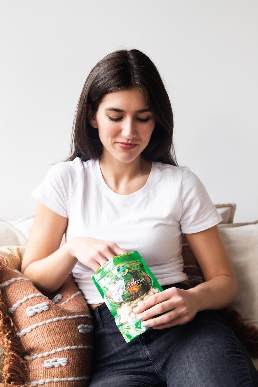 Senang Nyemil? Ini Cemilan Sehat Untuk Kamu Yang Sedang Diet