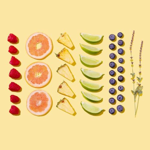 an arrangement of assorted sliced fruits.