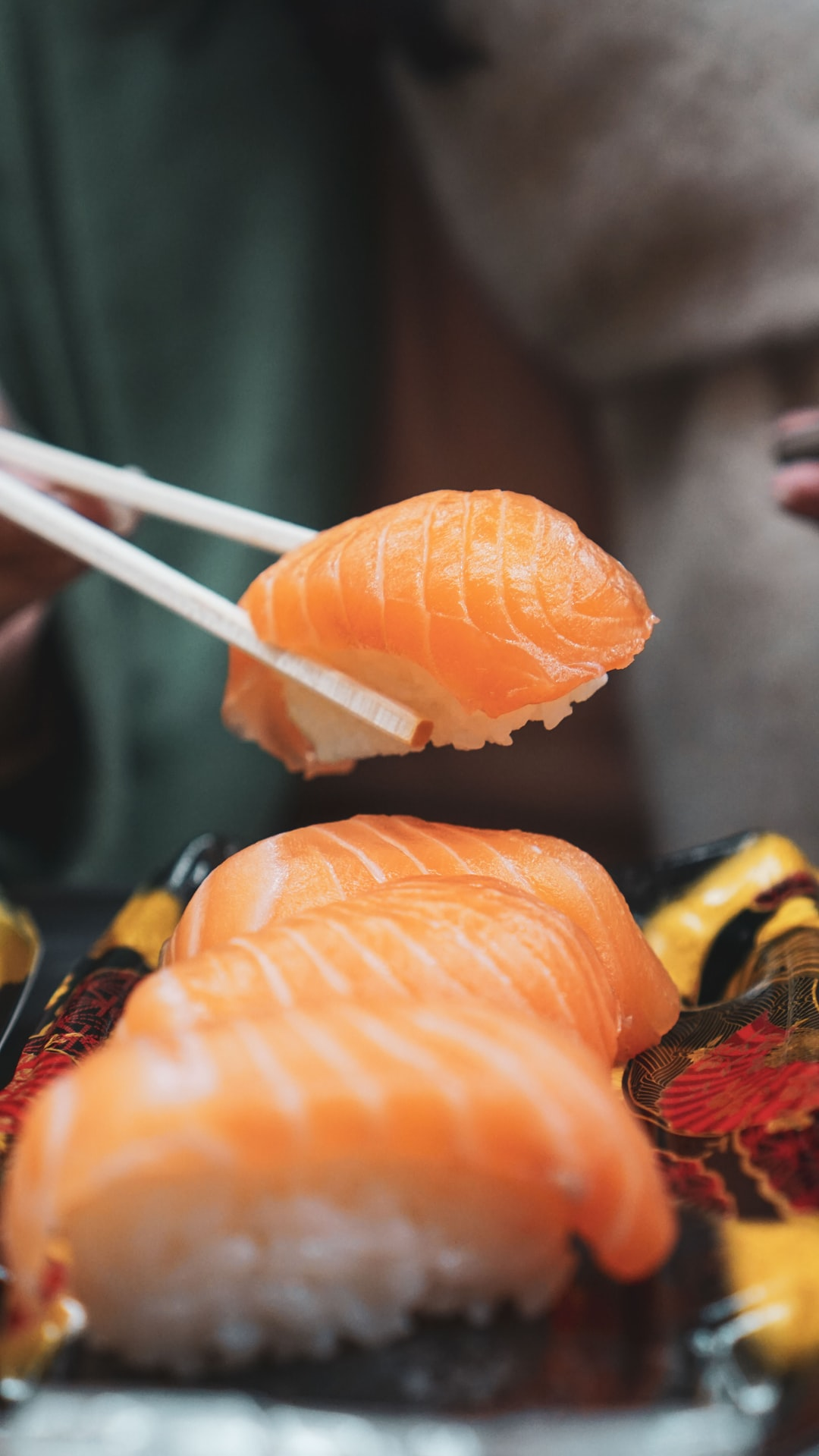 How to Eat Sushi – According to Sushi Chefs