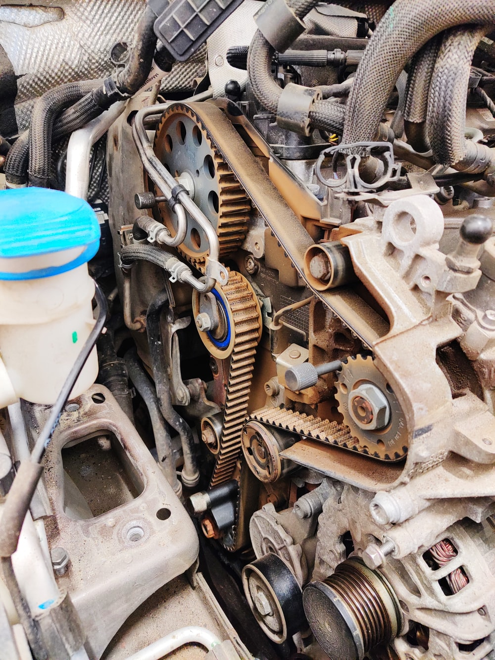 gray and blue car engine