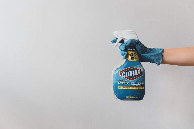 blue and white clorox plastic bottle