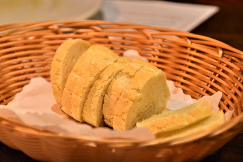 sliced bread on brown woven basket