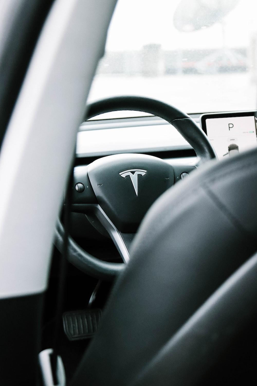 black and gray steering wheel
