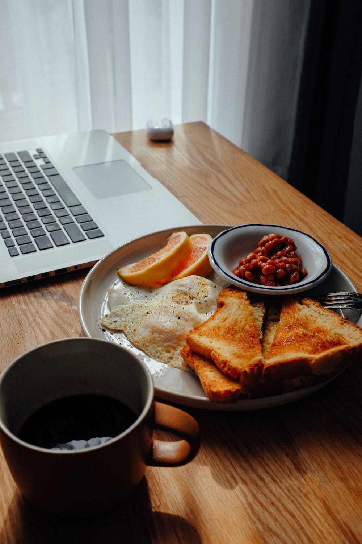 eating at home saves money