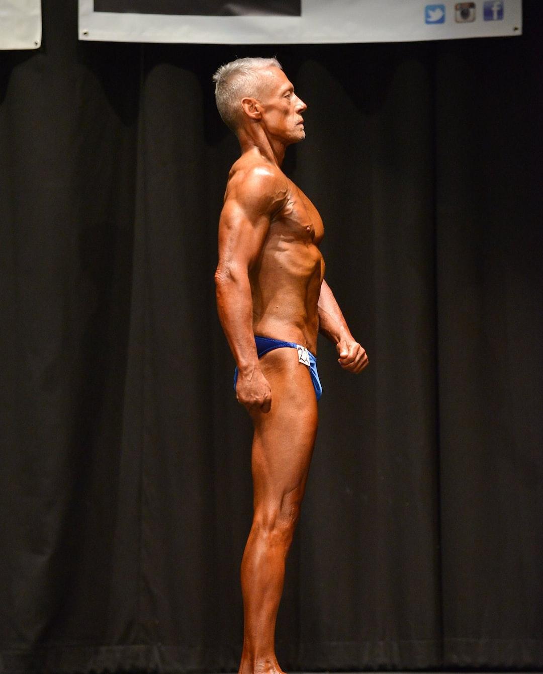 Senior Bodybuilding right side