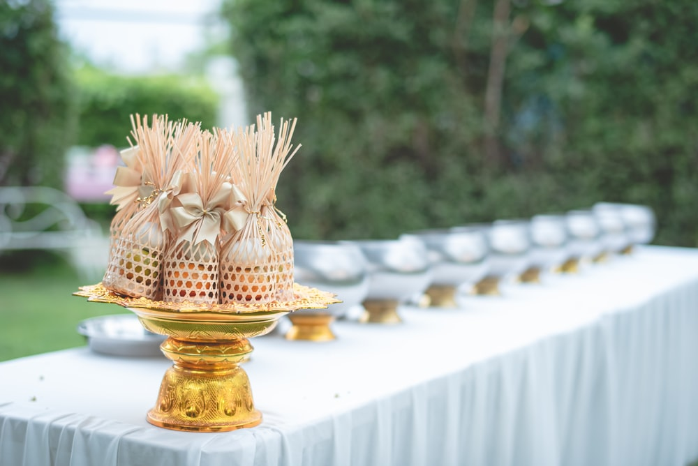 gold and white pineapple figurine
