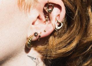14k gold jewelry by Anna Elizabeth IG: @shopannaelizabeth shopannaelizabeth.com