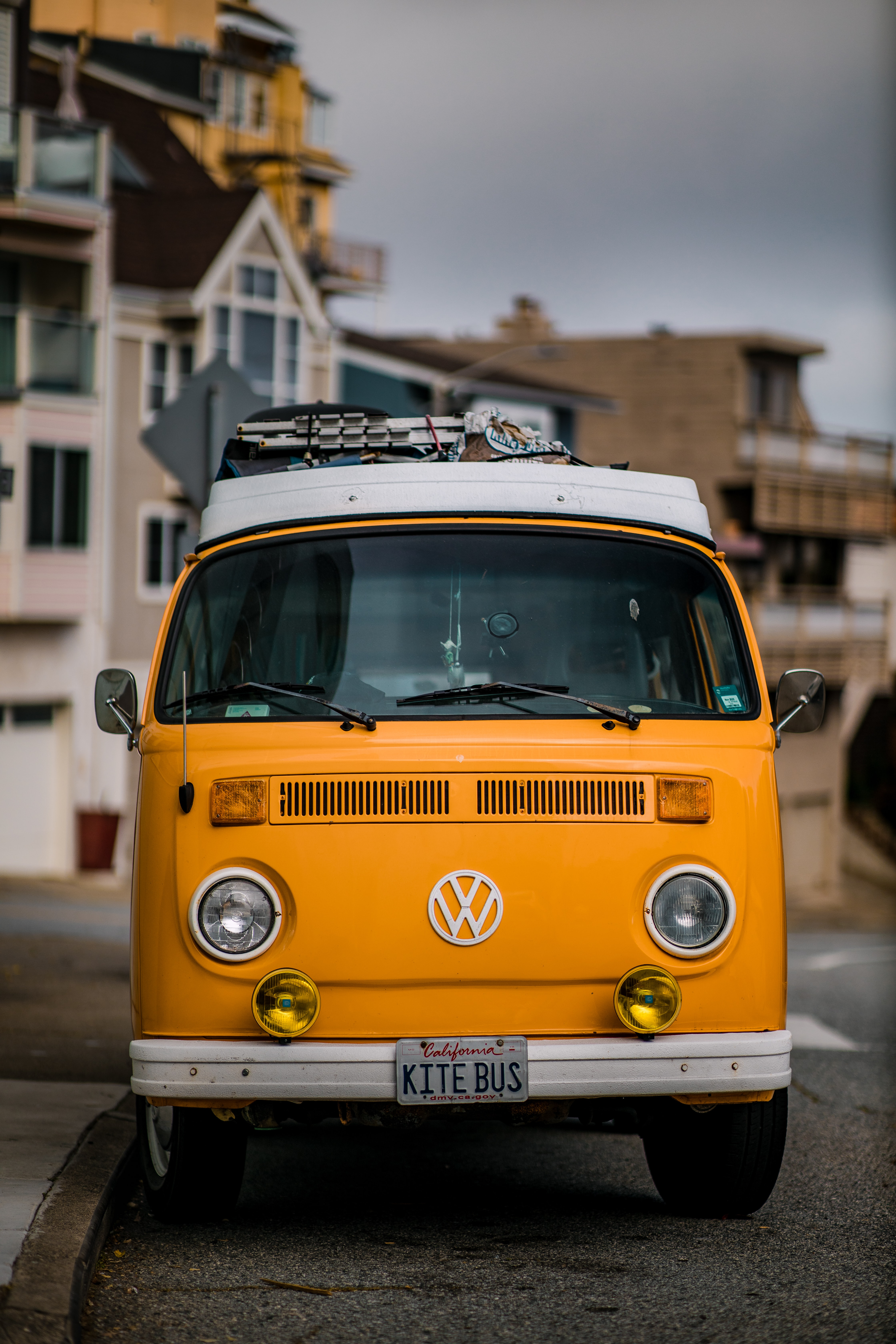 Shallow Focus Photography Blue And Gray Bus Photo Free Van Image On Unsplash