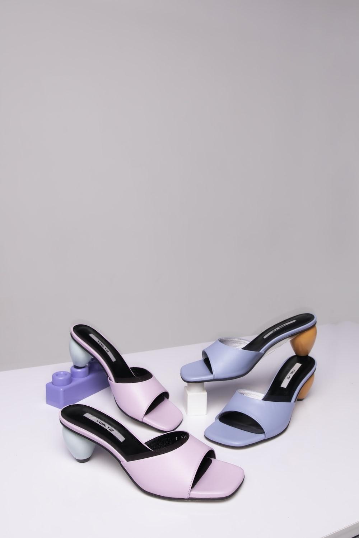 black and pink peep toe heeled sandals