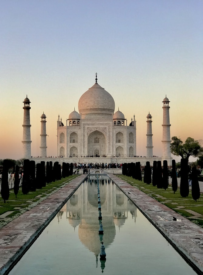 Taj Mahal- 7 Wonders of the world