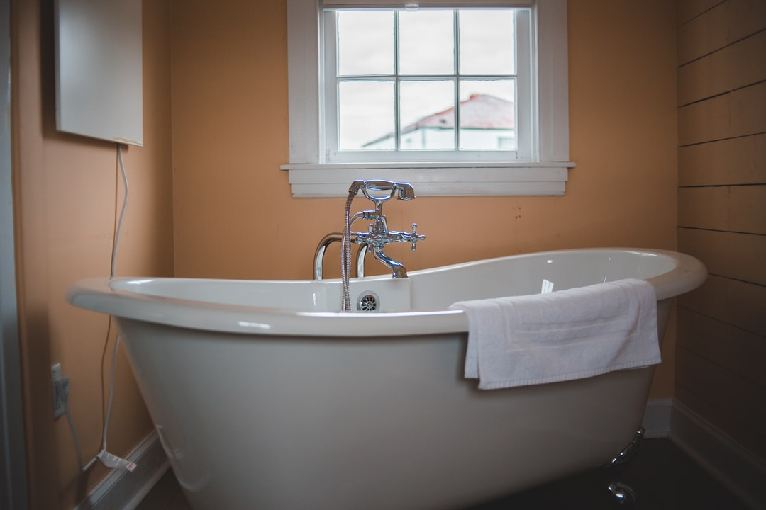 Everything About Tub to Shower Conversions