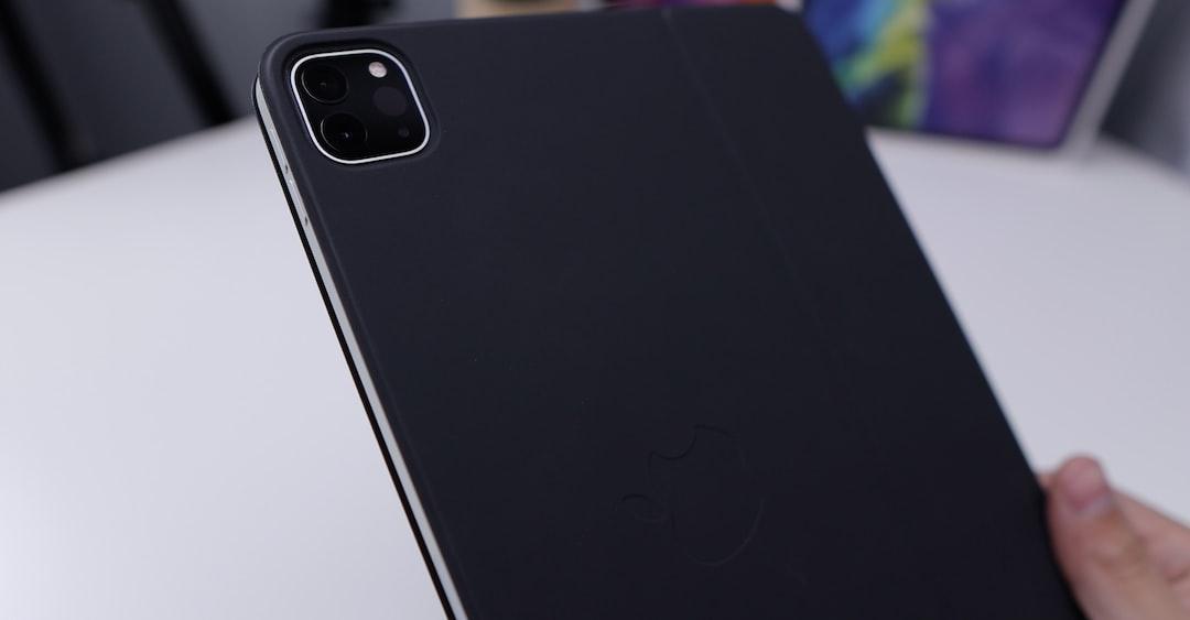 Apple iPad Pro 2020 with Keyboard Folio