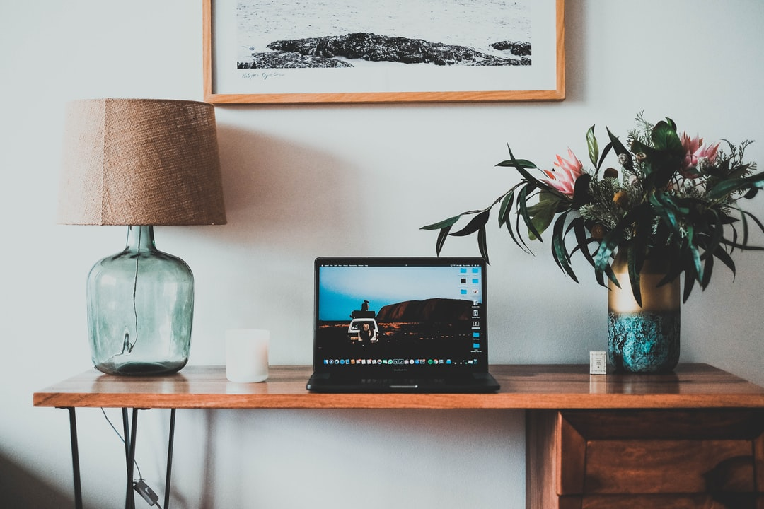 Desk - unsplash