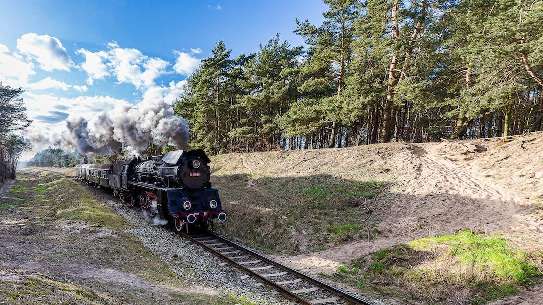 OL-49-59 Steam locomotive running uphil