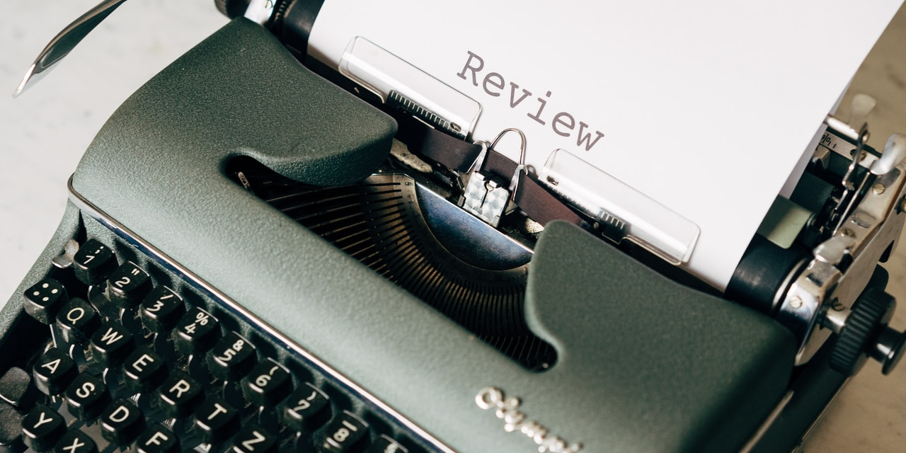 Wise words about reviews, for Billy Joel and wedding celebrants