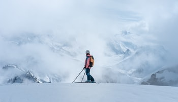 Skiing communities