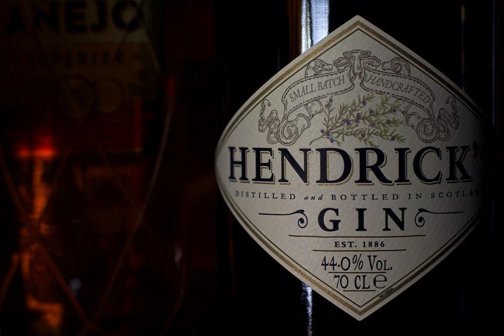 UNKs london dry gin
