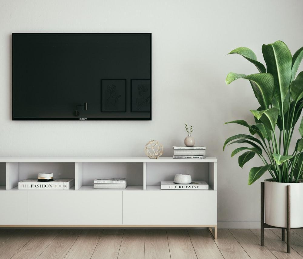 Living Room Tv Pictures Download Free Images On Unsplash