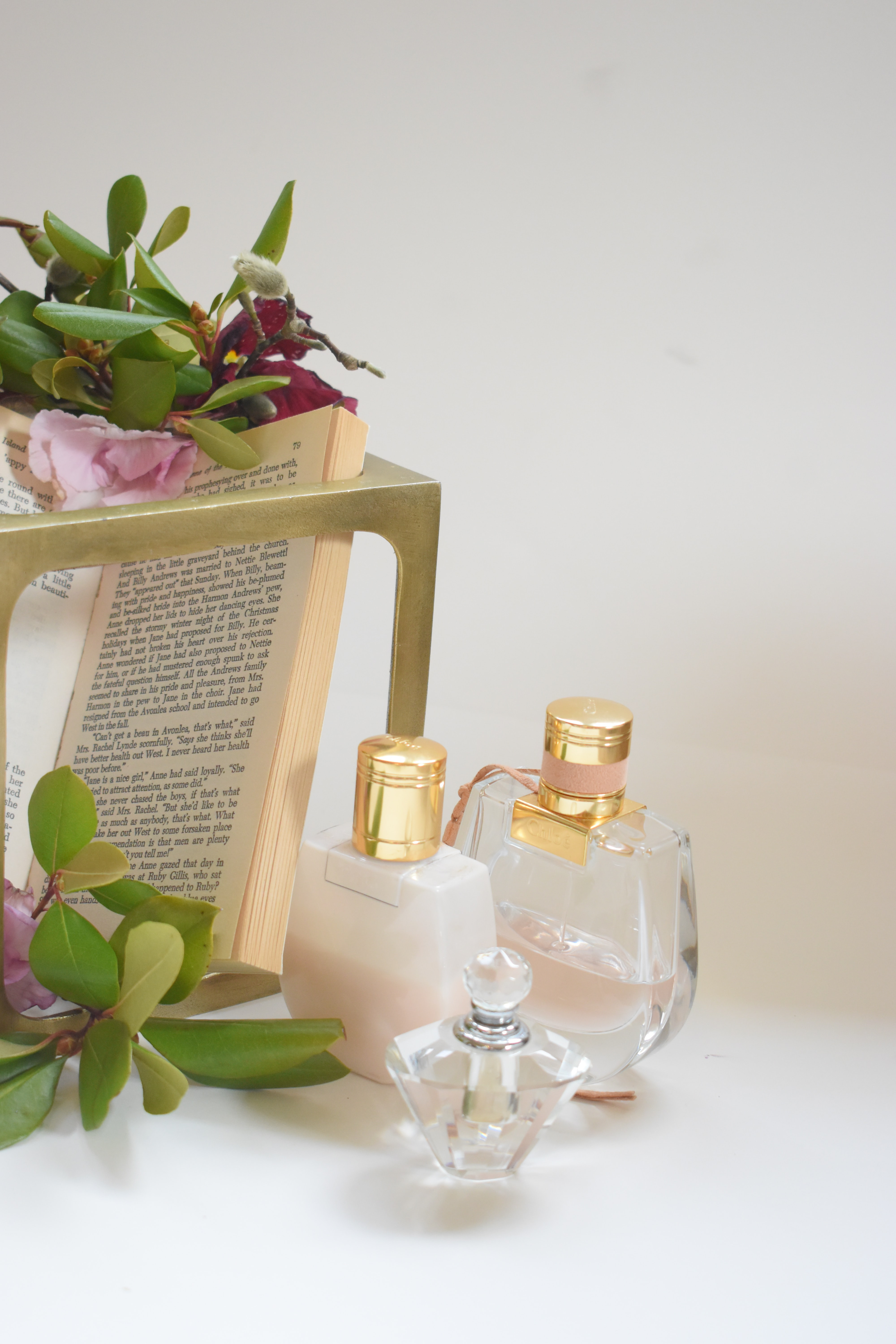100 Perfume Pictures Download Free Images On Unsplash