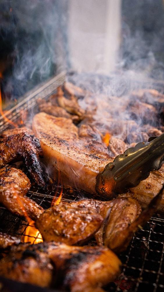 「五花肉」不是熱量最高的!營養師:4種烤肉夯品少吃才健康   Heho健