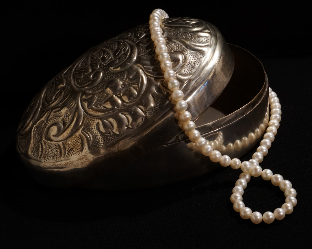 jewelry, pearls, ancient