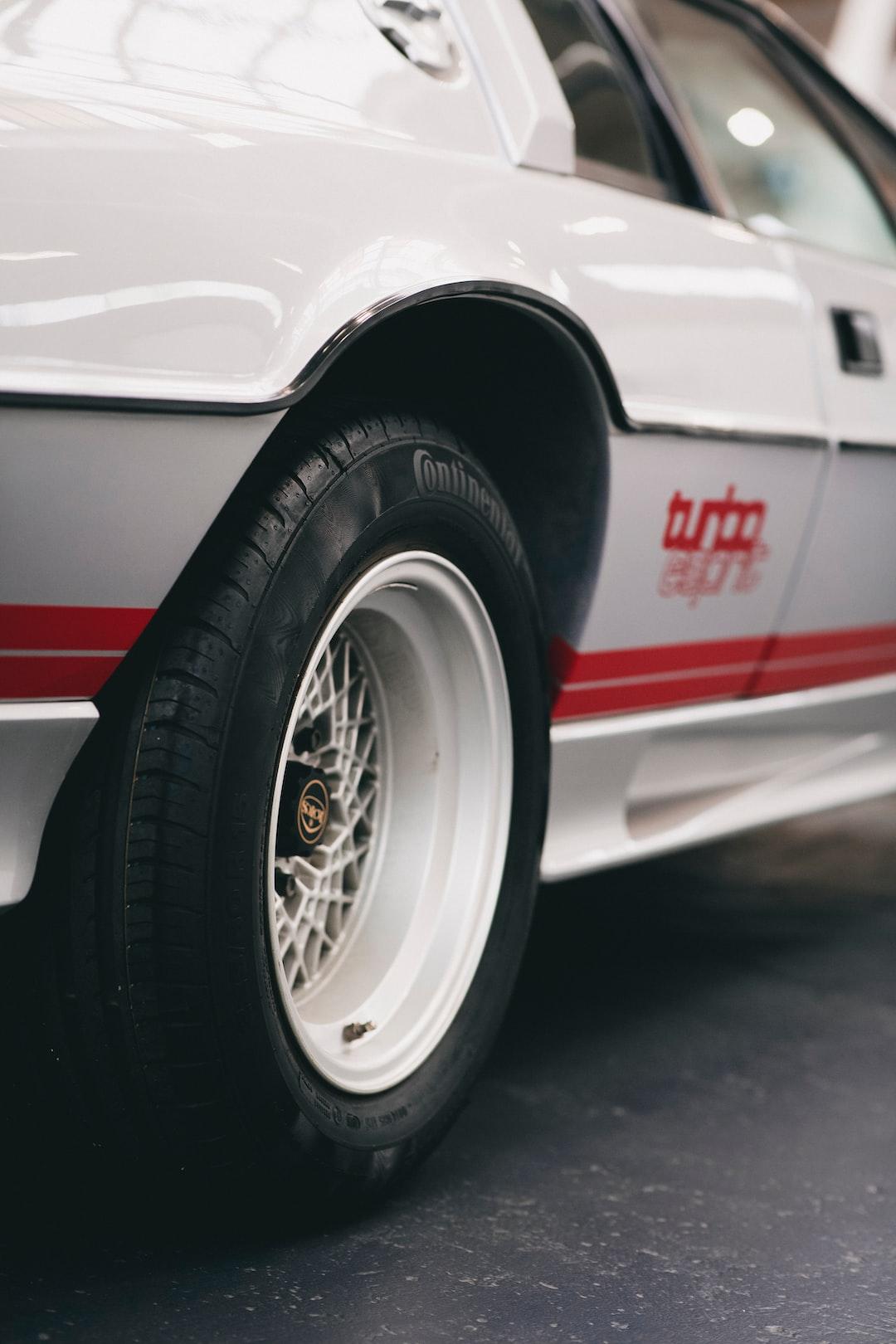 Vintage british classic oldtimer sports car – Lotus Esprit Turbo S3 2.2