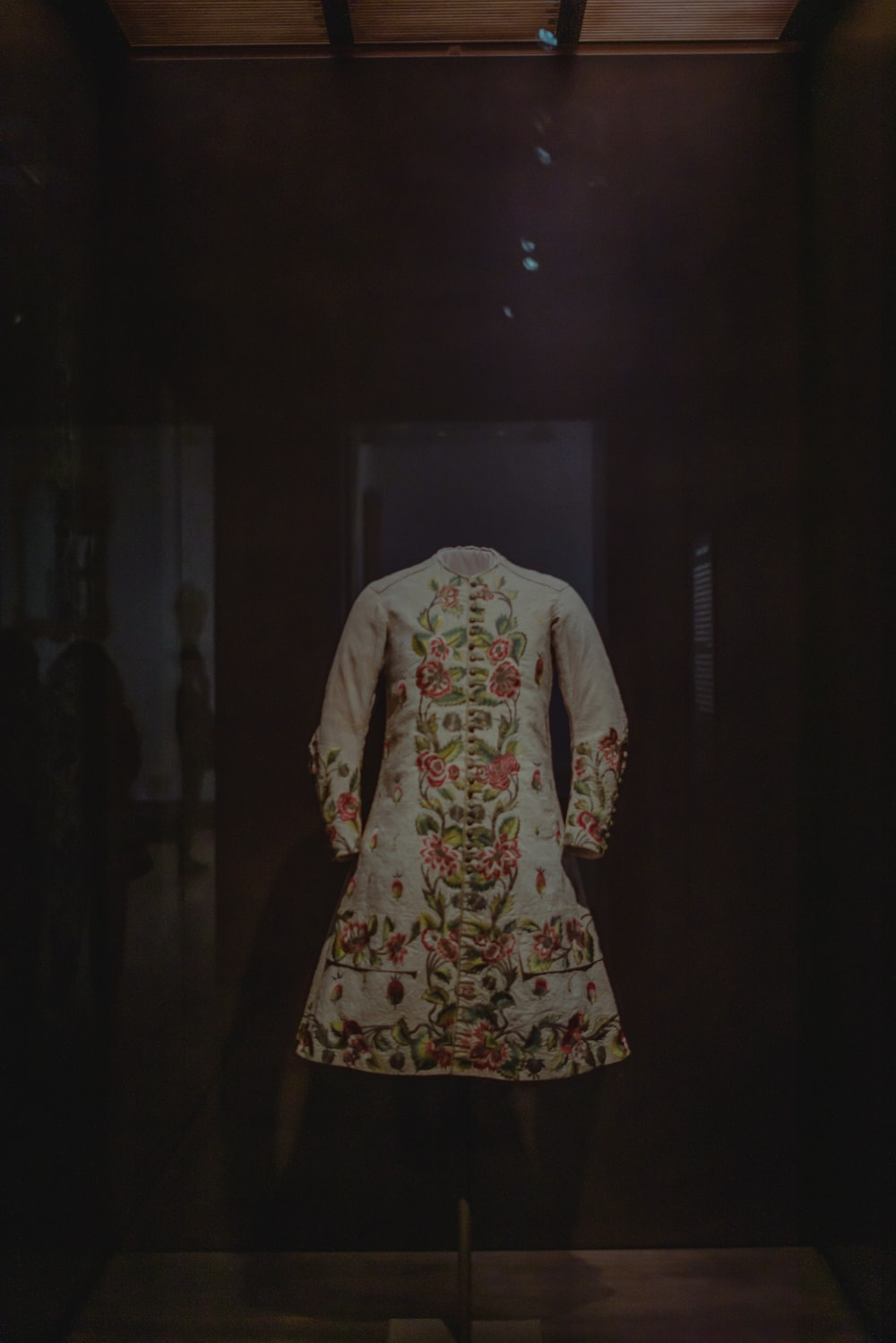 womens white red and green floral dress
