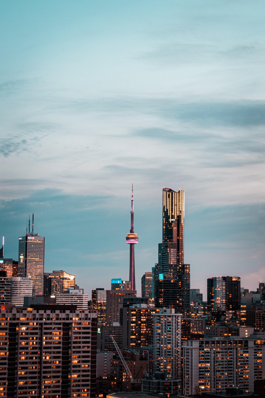 加拿大缺房188万套,政府无能推高房价?