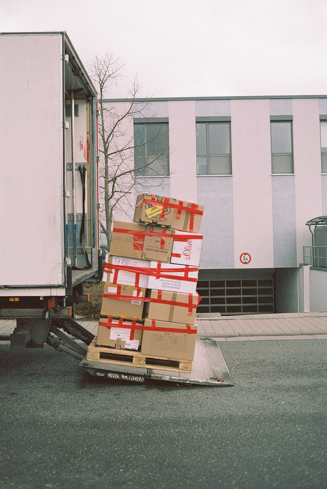 Moving During Economic Hardship: Why Hire Movers?
