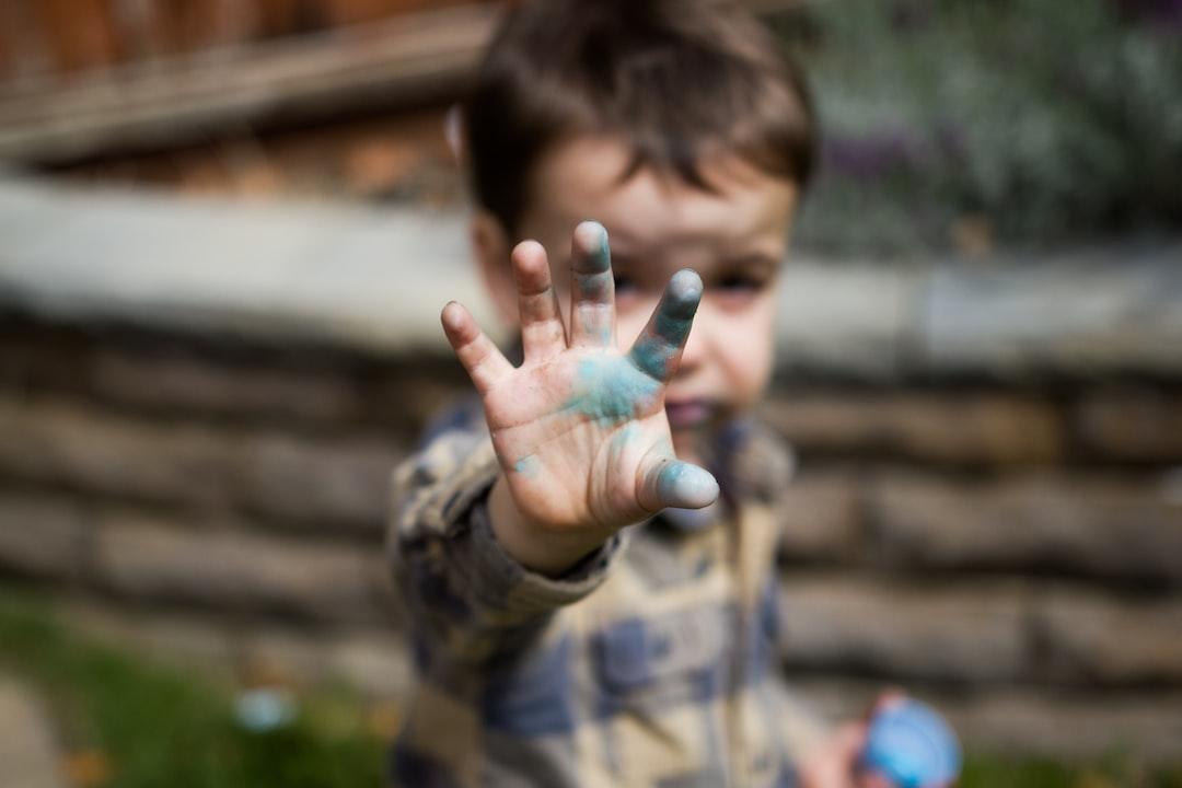 little boy dirty hand
