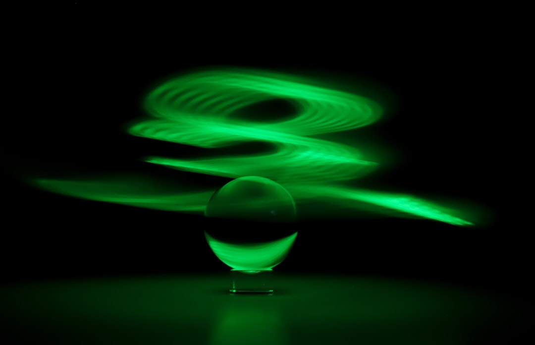 Light painting with green sphere