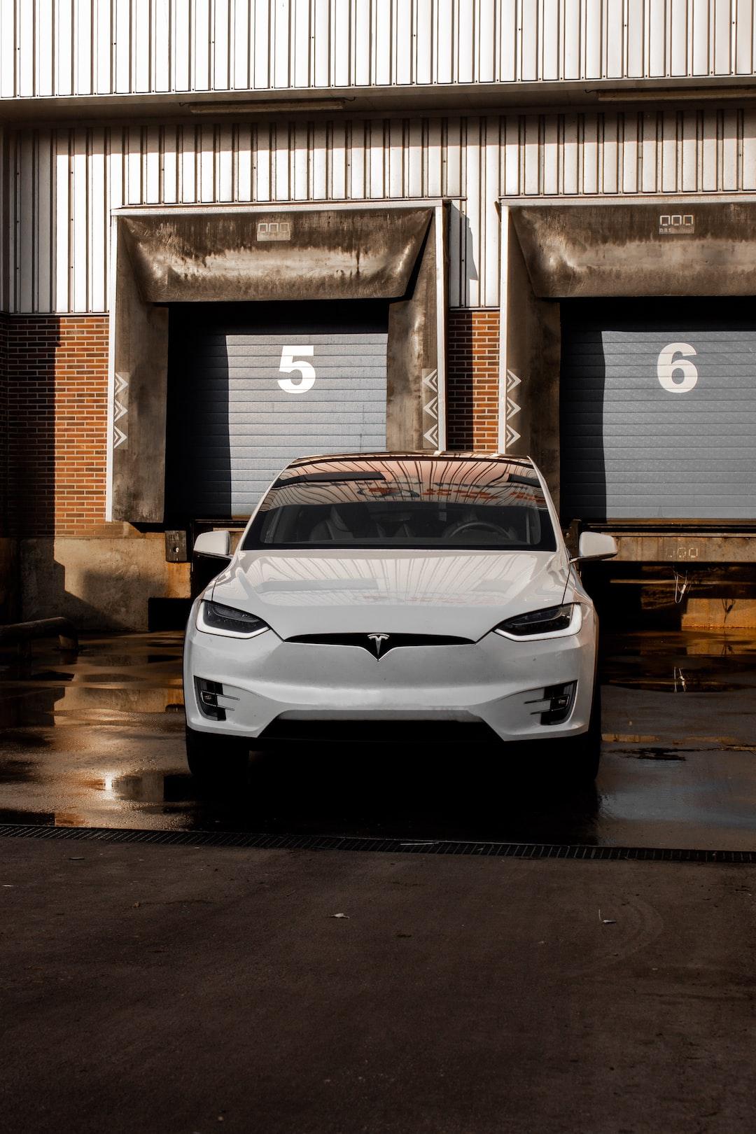 Tesla X.