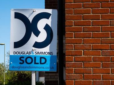 Il fermo alle compravendite di abitazioni fa perdere 4 miliardi al mese. I prezzi scenderanno ma senza crollare