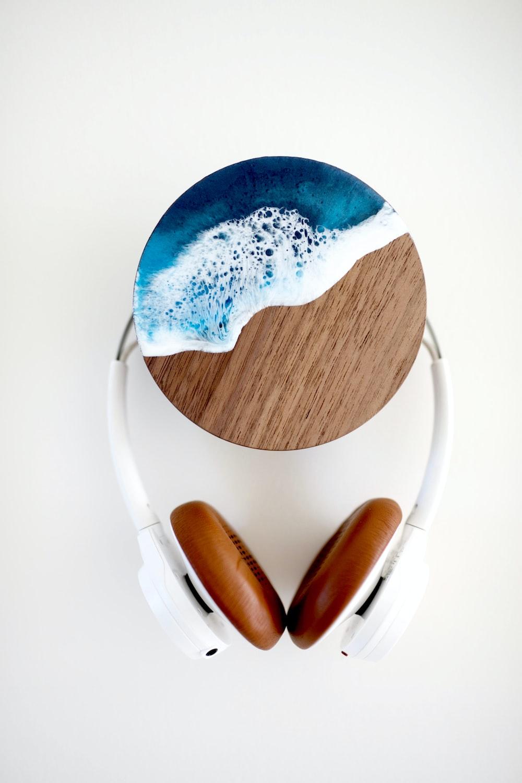 blue and black wireless headphones