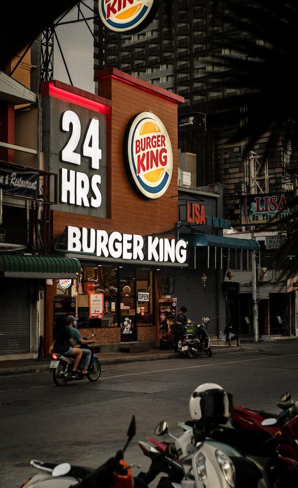 漢堡王「買一送一」登場!連24天超狂「漢堡王優惠券」必收,加碼雞塊免費送