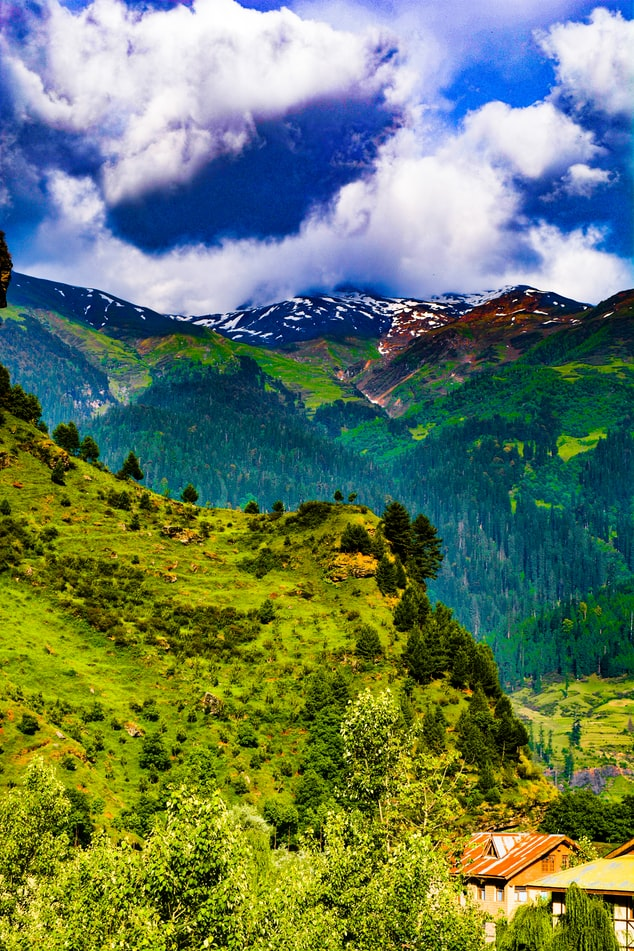 Beautiful valleys of Manali