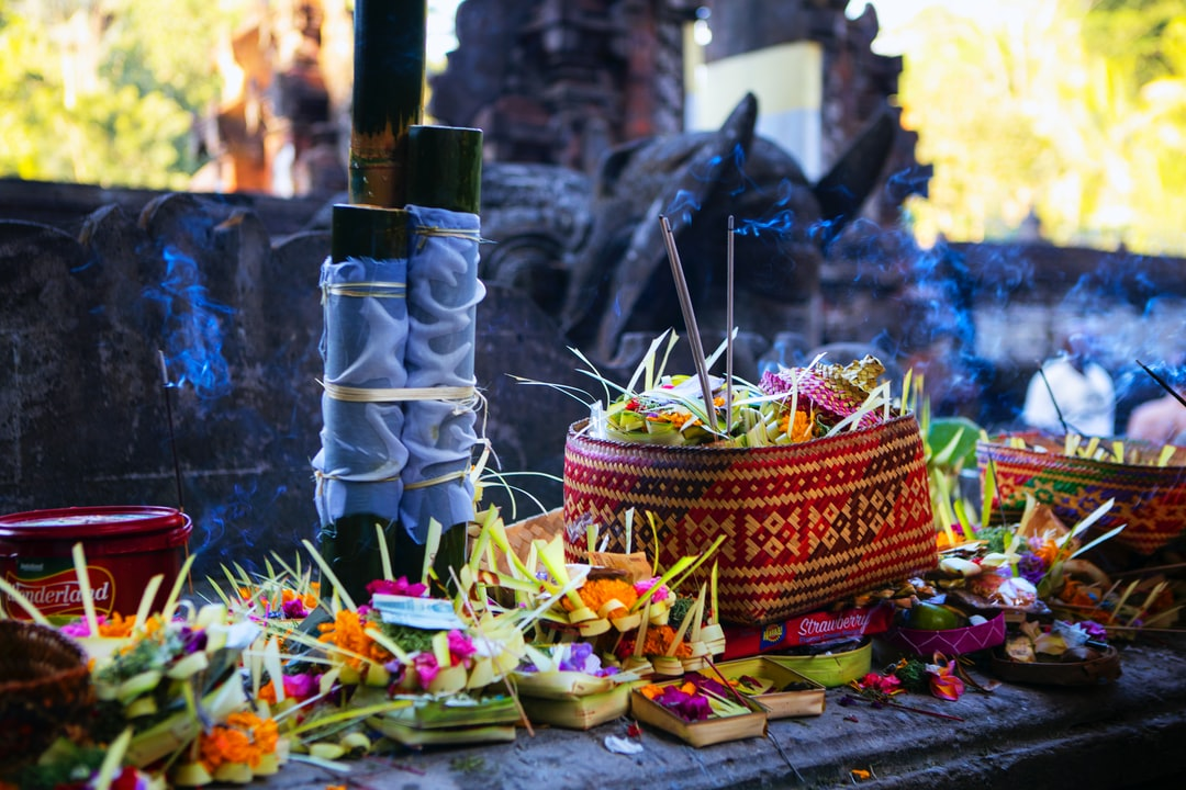 Bali - Tirta Empul Temple, offerings to the gods