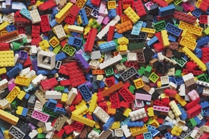 yellow red blue and green lego blocks