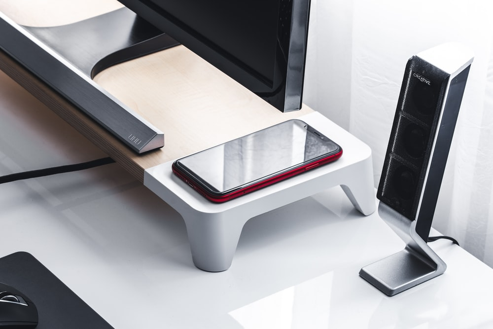 white and red plastic seat