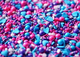 blue and red heart shaped candies