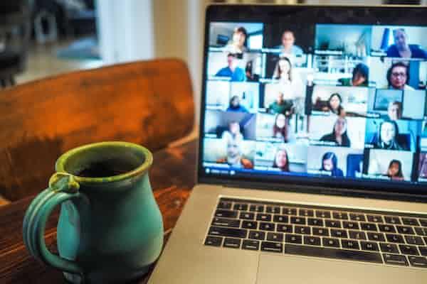 מתכווננים לעבודה מקוונת - סקירת יום עיון: מעבר למדיה מקוונת של הפסיכולוגים התעסוקתיים־ארגוניים
