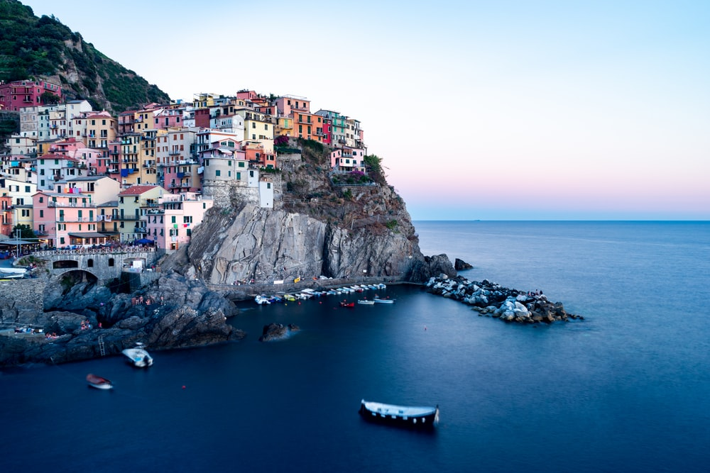 Romantic Places To See : Manarola, Italy