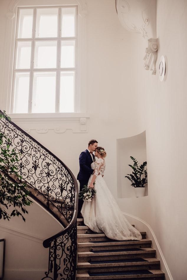 VOTRE MARIAGE PRÉVU POUR LA SAISON 2020 EST REPORTÉ SUITE AU CONFINEMENT ?