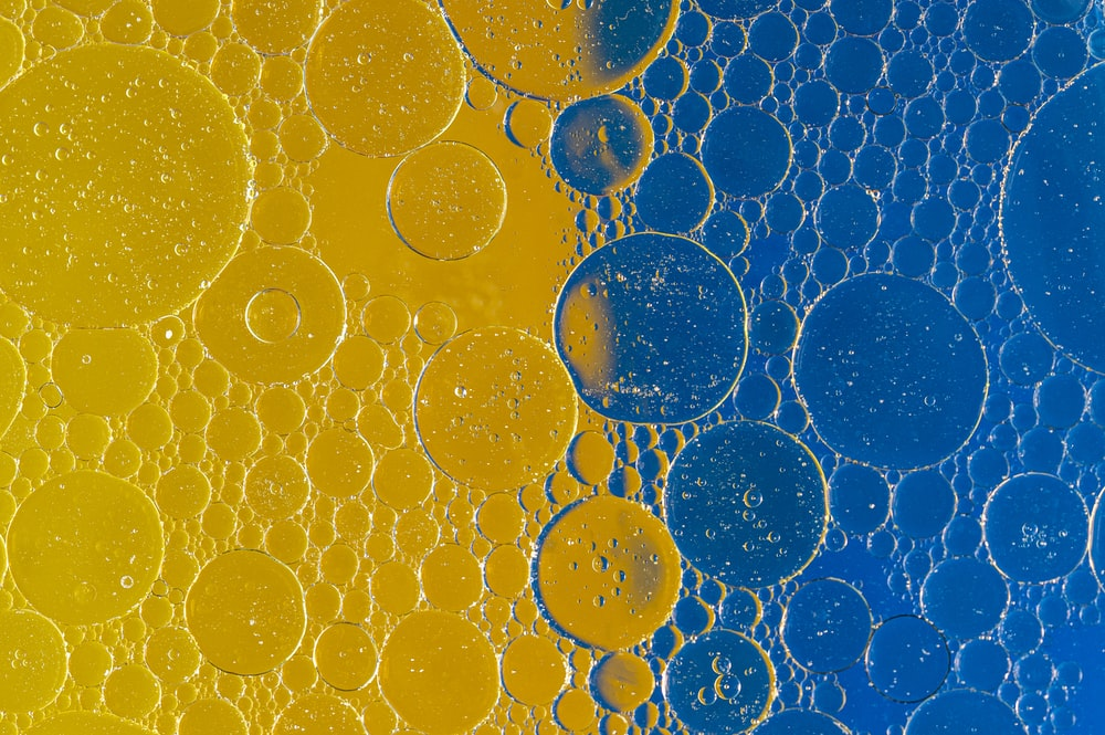 blue and yellow water droplets