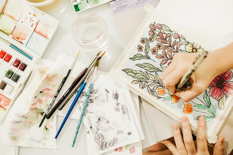 Công ty TNHH Văn hóa và truyền thông Az Vietnam. Tuyển dụng Vẽ minh họa + Thiết kế.